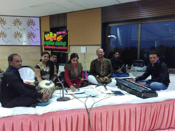 Musiacal Orchestra for Marriage-Songs {Lagna - Geet} - by Kunal Vyas Events, Ahmedabad