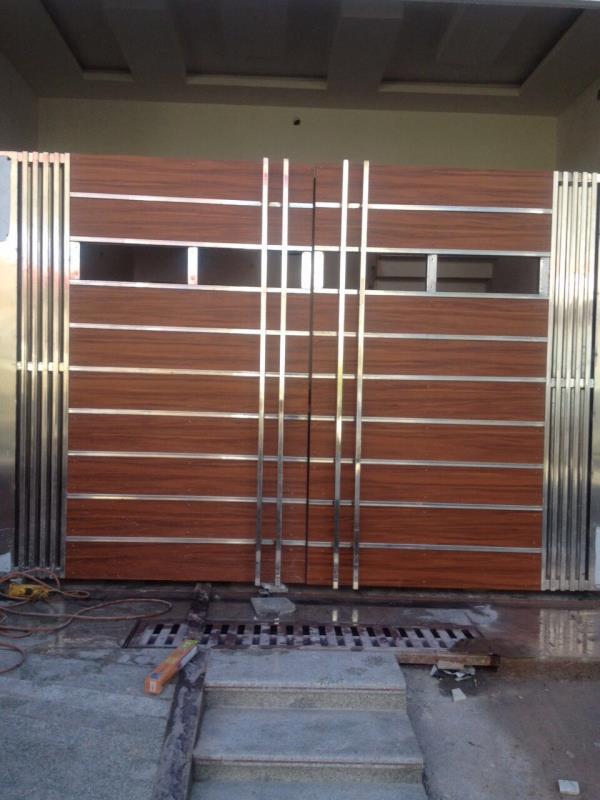 Aluminium Door-Aluminium Frame works -Aluminium Glass Door works in India  Aluminium Door-Aluminium Frame works -Aluminium Glass Door works in Moradbad-Haldwani-Nainital-Rudrapur-Kashipur-Dehradun-Budaun-Rampur-Noida-Delhi-Ghaziabad.  Corpo - by Shri Sai Interior, Moradabad