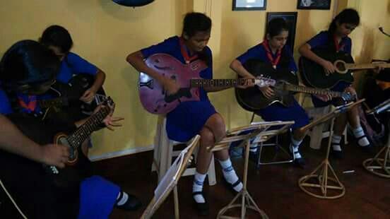 Guitar tuition in Santacruz - by INSTITUTE OF MUSIC DISCIPLINE, Mumbai