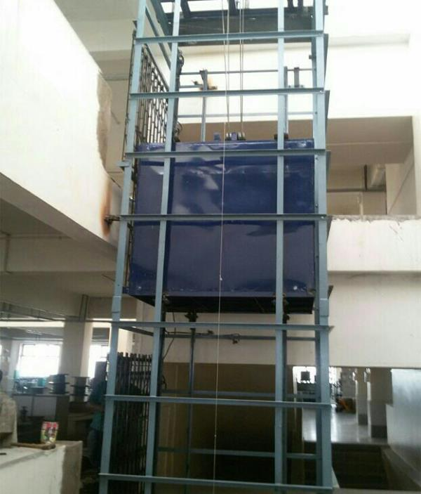 Good Lift Good Lift offered comes in sturdy construction finish and can be made available in different load capacities, lifting heights and platform sizes as demanded by the customers. Further, these have compact and lightweight finish an - by Laxmi Engineering, Ahmedabad