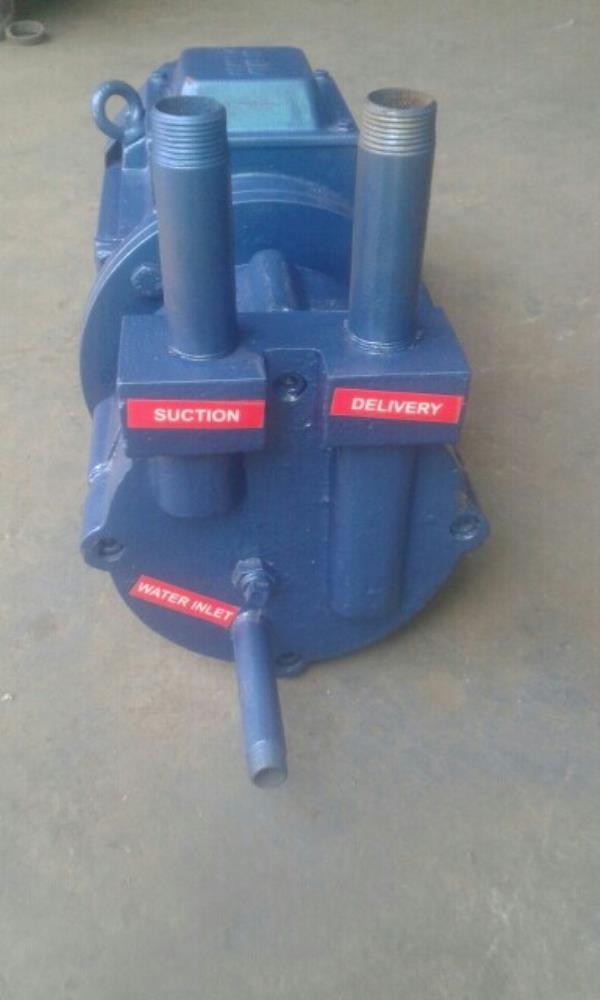 Close couple vacuum pump - by Alpha Vacuum Technology, Ahmedabad
