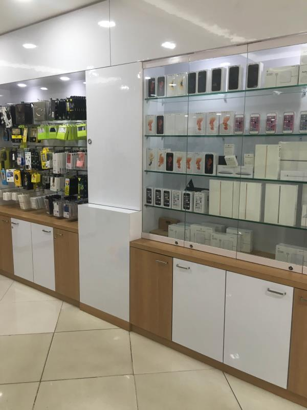 Mobile shop in Egmore .i phone show room near by egmore - by 2020 Mobiles, Chennai