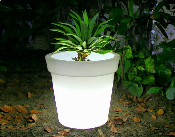 LED Planters... - by Great Indoors, Jaipur