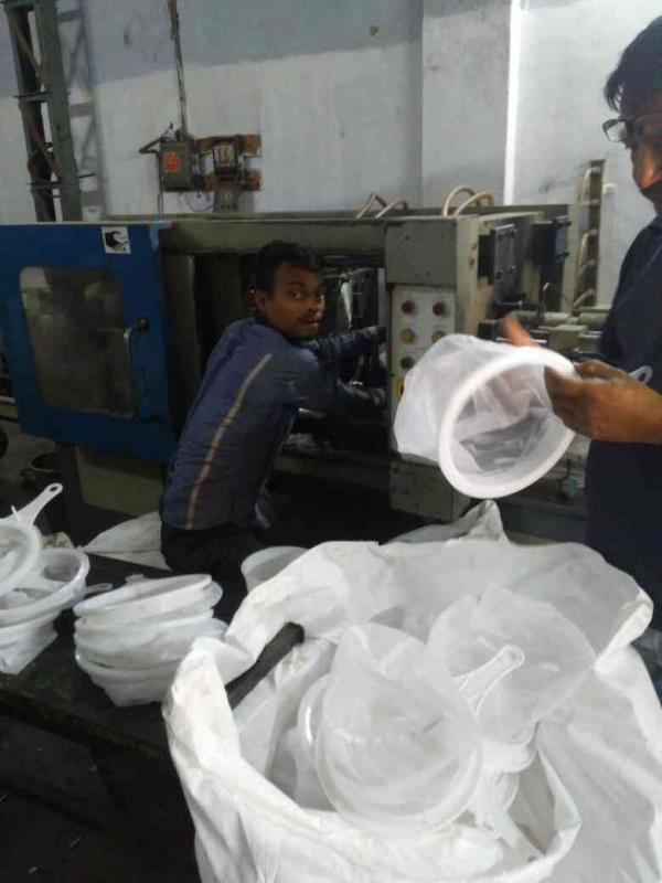 we provider jobwork for Injection moulding machine. - by Jalvi Enterprise, Ahmedabad