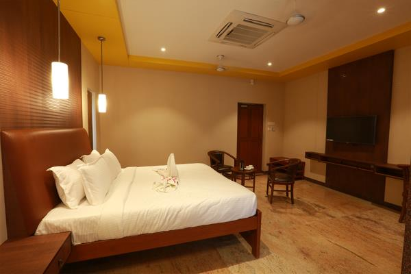 Best Resort Type Hotels in Kumbakonam  Mayapuri Amira is the Best Resort Type Hotels in Kumbakonam and it all near to Navagraha Temples. We committed for your Luxuries Stay in Kumbakonam.  For booking contact: 0435 2481700 - by Mayapuri Amira, Kumbakonam