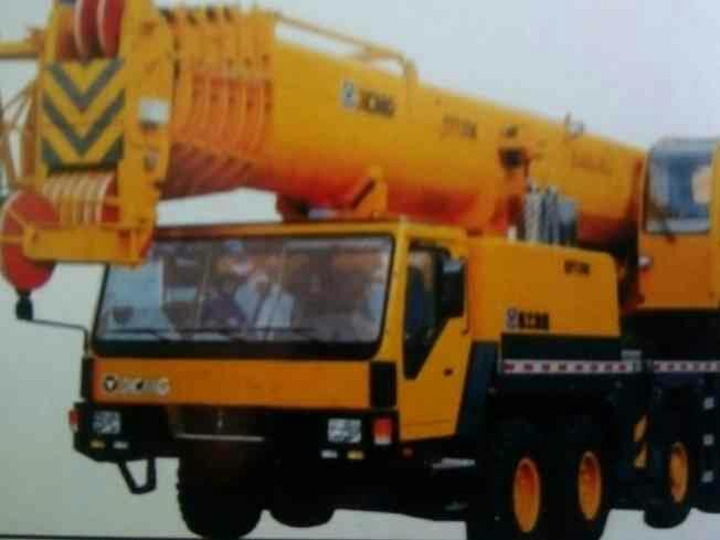 Jai Chintamani Cranes   provides car breakdown services in Gurgaon  - by Jai Chintamani Cranes & Car Movers, New Delhi