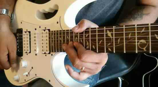 Electric Guitar Techniques - by INSTITUTE OF MUSIC DISCIPLINE, Mumbai