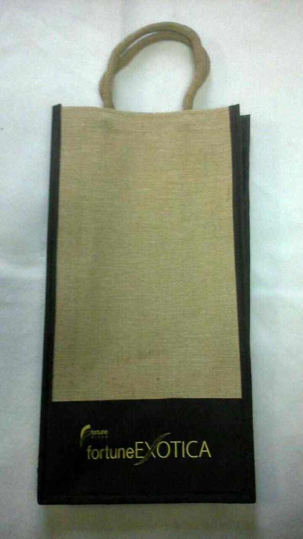 We Are manufacturing catalog Bags paper Bags Cotton Bags jute Bags in India Bombay Gujarat Rajlot - by Cometscreen, Rajkot