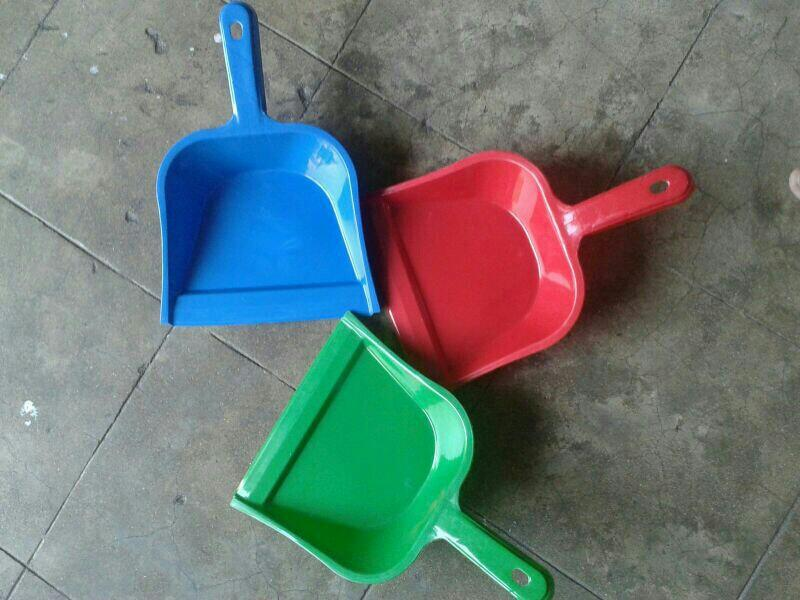 we are leding supplier of plastic house hold items. - by Ambica Ahd, Ahmedabad