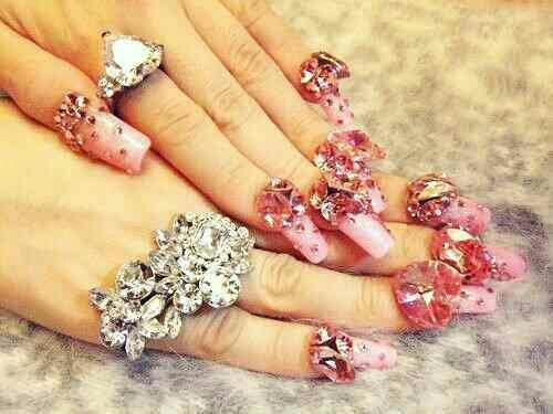 Best nail art studio in Vadodara - by Mona's Art The Nail Studio, Vadodara