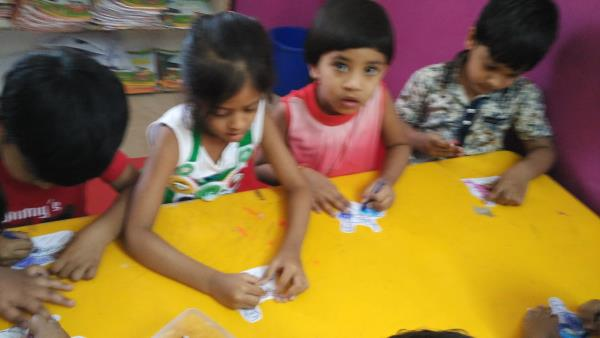 Kids enjoying art and craft and coloring  - by Chickadee Preschool & Hobby Zone, Hyderabad
