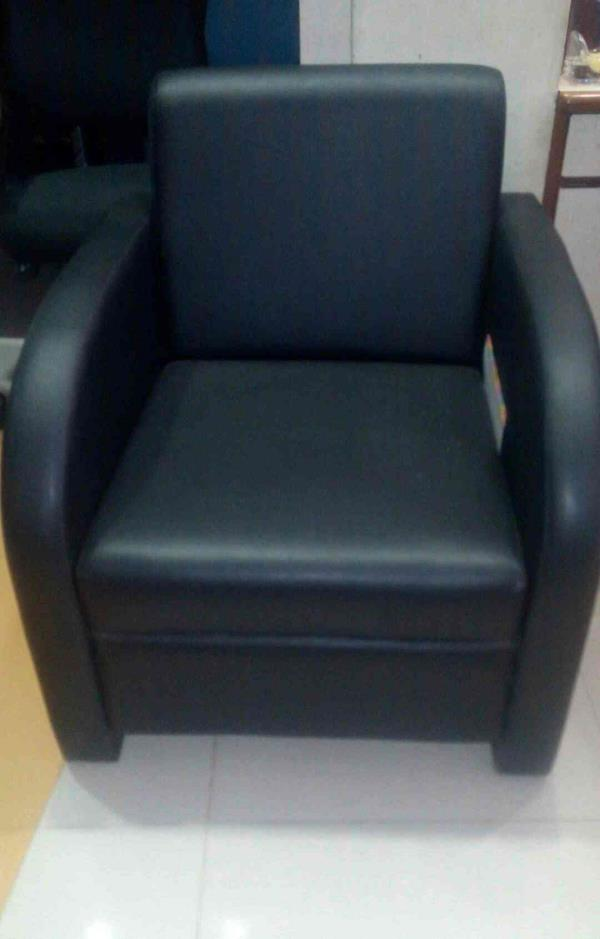 Best chair for your comfortable sitting get the modern chair in Vadodara - by Zed Furniture Industries, Vadodara