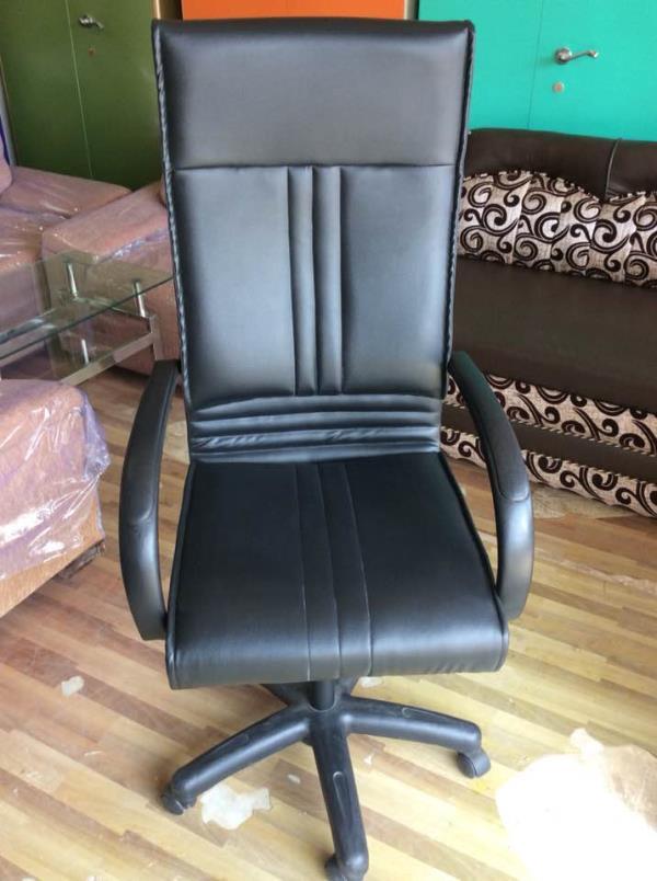 High back chair. - by Aristo Steel Furniture Works, Kolkata