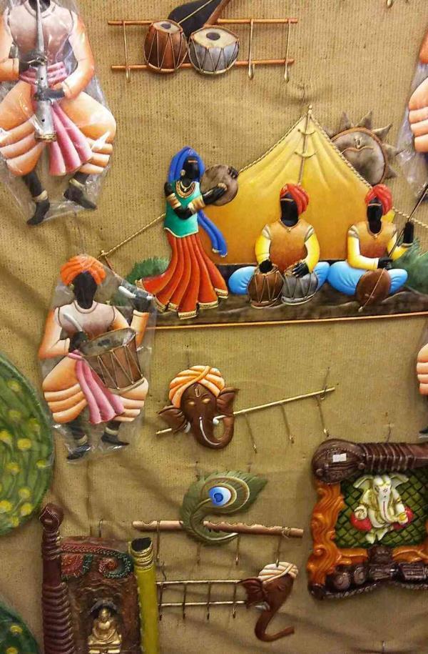 Handicrafts on sale huge discount upto 50%. Kala Gurjari.Alkapuri, vadodara. - by Kala Gurjari, Vadodara