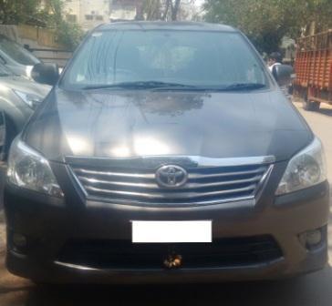 TOYOTA INNOVA V 8STR:MODEL 03/2013, KM 63000, COLOUR GRAY, FUEL DIESEL, PRICE 1400000 NEG. - by Nani Used Cars, Hyderabad