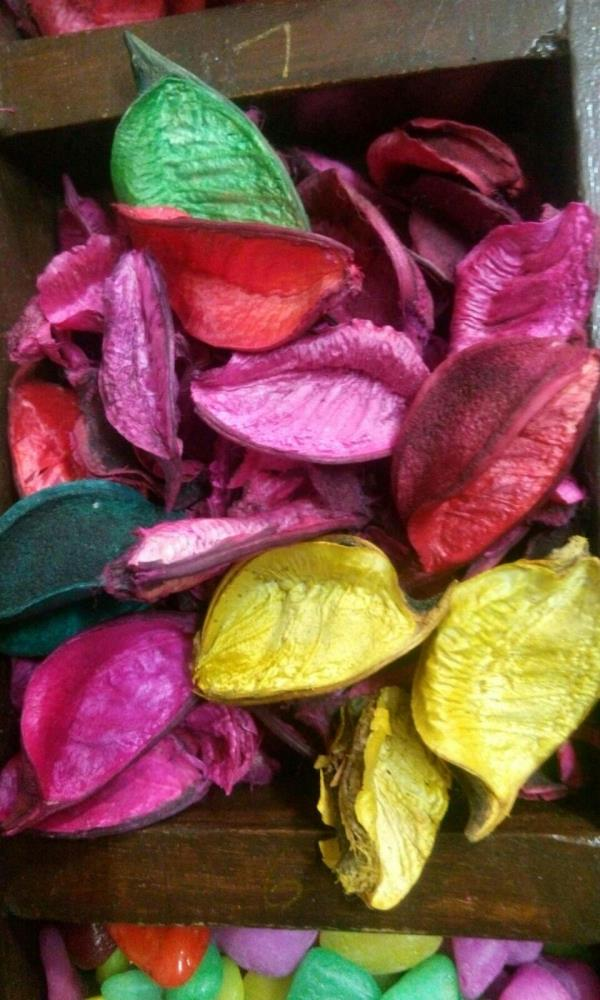This is pottpouri dry flowers very good quality and finishing.so many colour. - by Pebbles Wholesaler In Delhi @ 9717668448, Delhi