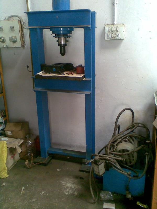 Every small work shop / Tool Room shoud have this maintenance Press. Simple construction and less Price. Cheap and best. Hydropower Bangalore India. Manufacturer. - by Hydropower Engineers, Bengaluru