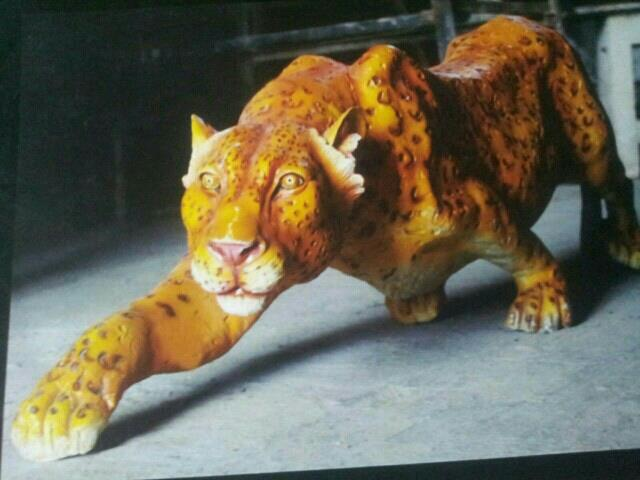 frp cheetah.   looking great and real . www.jyotifiberglassworks.com www.jyotifiberglassworks.co.in - by Jyoti Fiber Glass Works, Ahmedabad