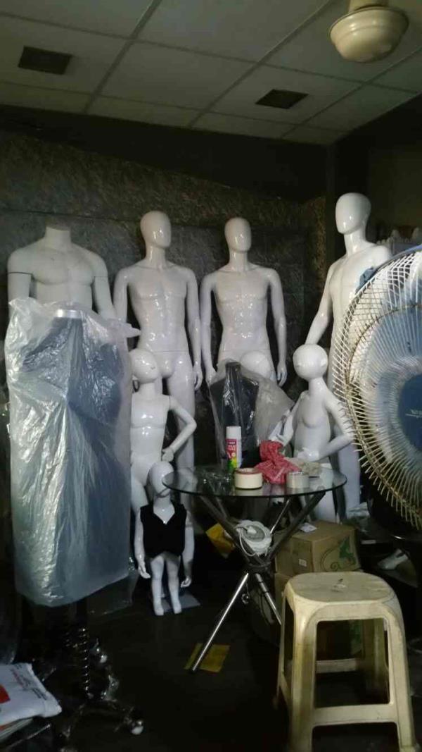 Mannequins Manufacturer  in mumbai - by 3S Mannequins, Mumbai