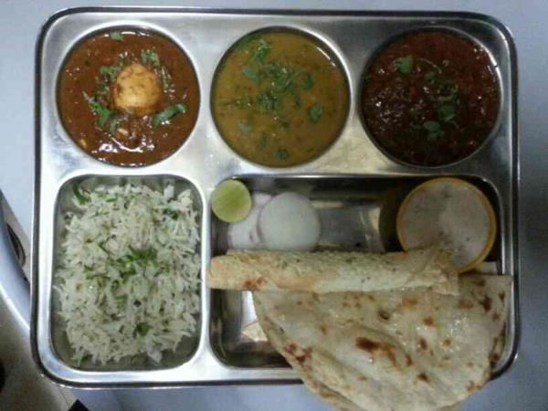 Non.veg lunch thali  sb 29 30 Racecourse tower, next to pashabhai park,  Racecourse Road, vadodara - by Angaraindiancuisine, Vadodara