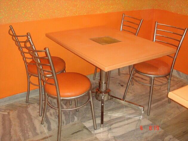 ssdining table manufacturers - by SRI SAI RAM INDUSTRIES    9840021056, Chennai
