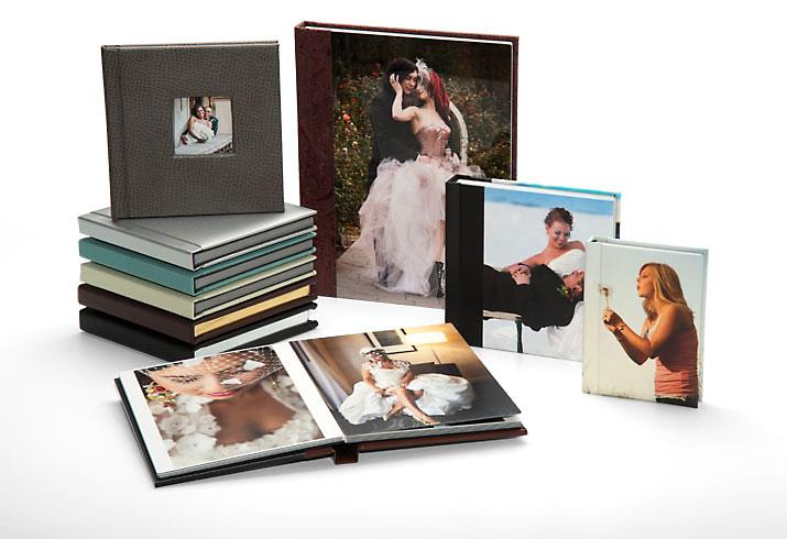 Albums :  We offer a range of album products. Photobooks Guestbooks Economic Albums Deluxe Albums All of our albums are printed and binded in-house to assure quality. With a variety of different album cover & style choices, you can create y - by Ultraa Albums, Mumbai