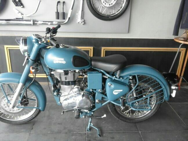 Royal Enfield Squadron Blue Available In Madurai Classic Motors  - by CLASSIC MOTORS, Madurai