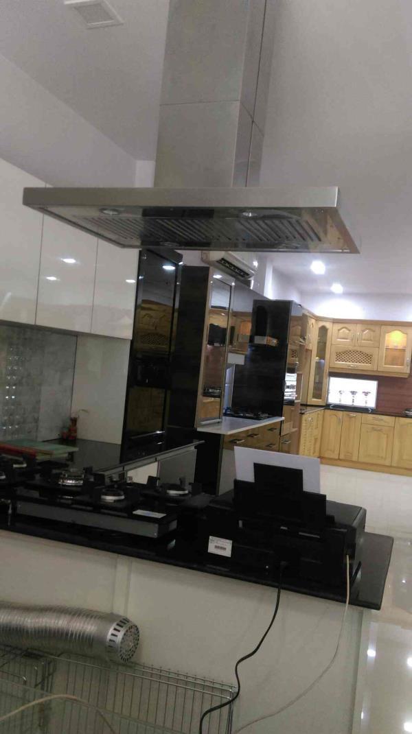 modular kitchen in jaipur      we are dealing into modular kitchen and accessories... - by Kitchen N Bath, Jaipur