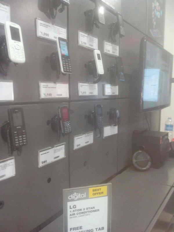 All models of phones are available with description. - by Mobile Store Spice, Ahmedabad