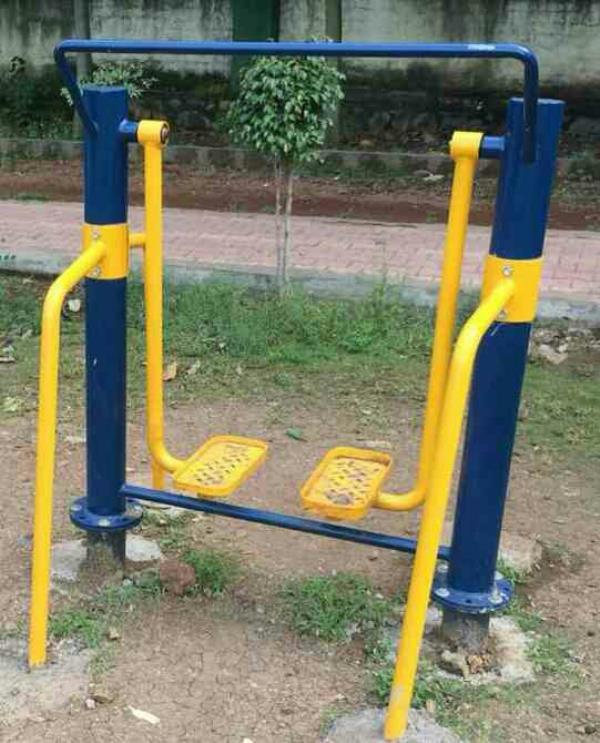 Open gym equipment manufacturer in vadodara Gujarat - by Maruti Gym Equipment, Vadodara