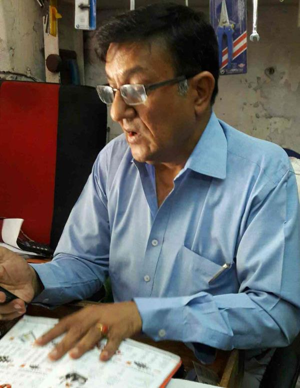 Meet Mr Manishbhai proprietor of Modern Machine tools co. in ahmedabad - by Modern Machine Tools Co., Ahmedabad