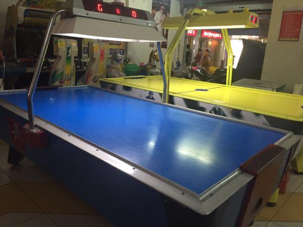 Game Zone provides games for kids and for adults as well. An entertaining series of games and play stations are available.  Air Hockey for kids. Air hockey games for kids . Air Hockey for Adults.  - by Games Zone, Delhi