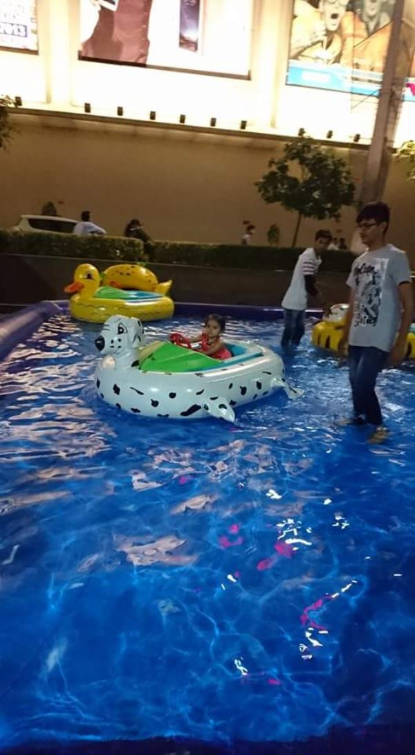 Game Zone provides Water pool for kids .  Water pool for kids. water games for kids in pitampura. Kids water pool. water pool games for kids. - by Games Zone, Delhi