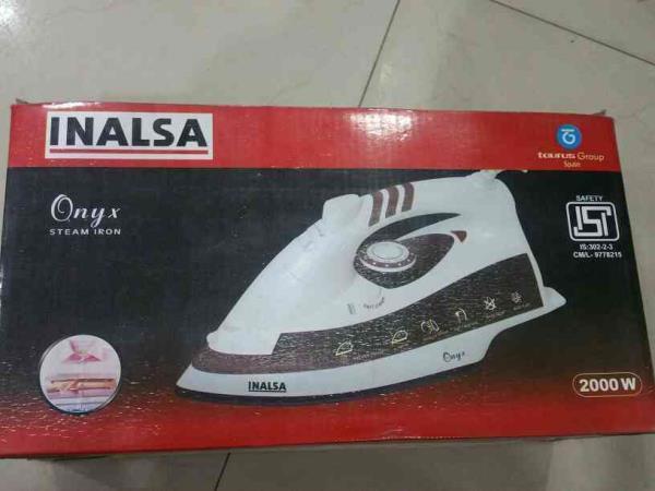 best inalsa onyx steam iron 2000 watt mrp 2795 and offer price 2495 in grahshobha sodala jaipur - by Grah Shobha , Jaipur