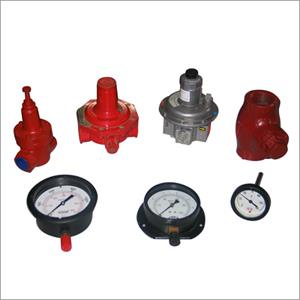 Gauges & Regulators  We have wide range of the Gauges & Regulators that are offered in the various sizes and make These are used for the various commercial and industrial  furnaces application. Our range of products consist of-  1. Air & oi - by National Furnaces, New Delhi