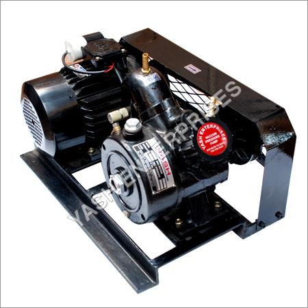 Heavy Duty Industrial Pumps   Established with a vision to setup milestones in our domain, we are involved in offering Heavy Duty Industrial Pumps. These are widely used in different petrochemical, gas and other industries to pump different - by Yash Enterprises, Faridabad