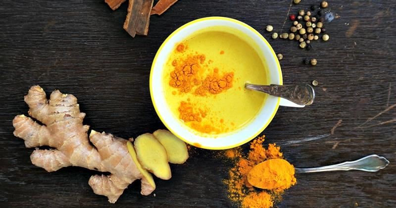 Yeh dekho - Nani Dadi ka 'Haldi Doodh' ab amreeka mein log pe rahein hain :-)   You can ask for 'Golden Latte' at the Granny's inn now. This winter we will serve it to guests.  http://goo.gl/YGSLG8 - by Granny's Inn Varanasi | +91 9580-581-276 | Best Homestay, varanasi