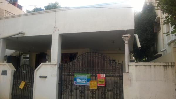 40/80 beautifull house for sale in Benson town..its a well architect and serene locality near by there.Its a centrally located area. - by Watershed properties, Bangalore