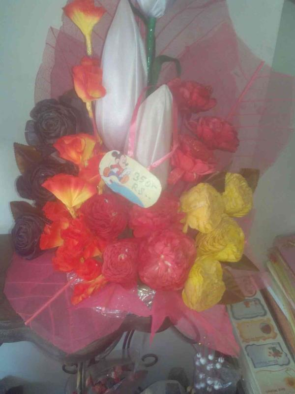 We are having discounts in all kinds of flowers like bouque - by Orchid Florist, Ahmedabad
