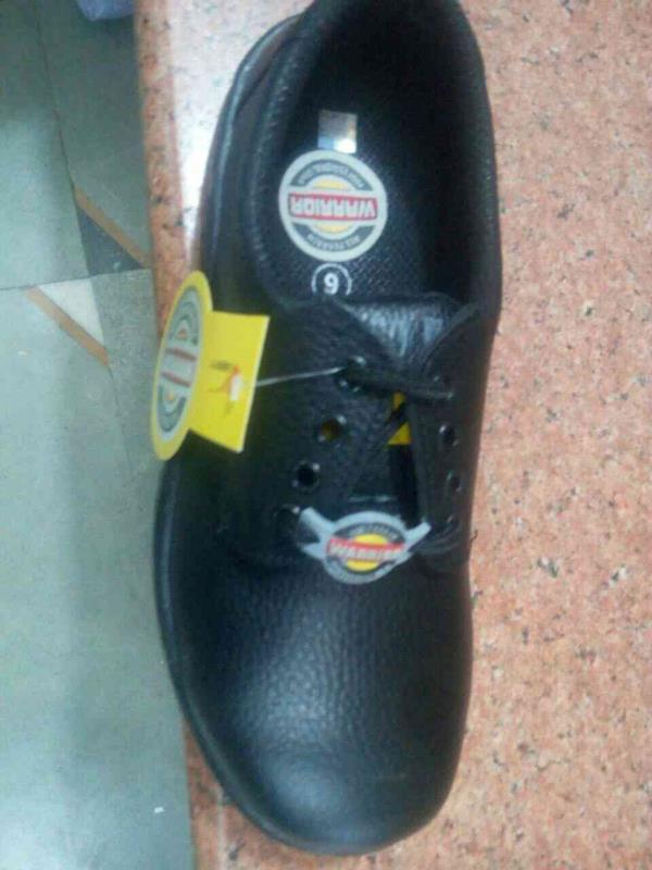 ledind supplier of safty product qnd shoose in nqroda ahmedabad . - by Shakti , Ahmedabad