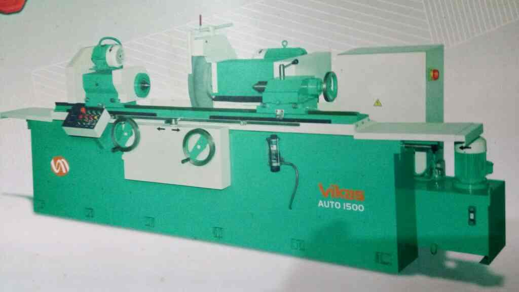 we are leading roll grinder manufacture in ahmedabad - by Vikas Machine, Ahmedabad