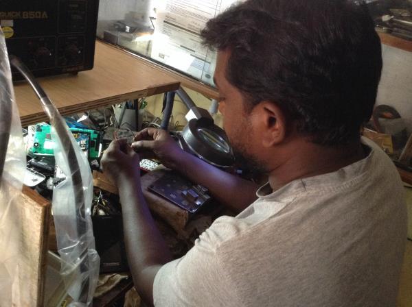 All types of Mobile Repairing Solution in Mothi Nagar - by SREE VAISHNAVI MOBILES & COMPUTERS, Vadodara