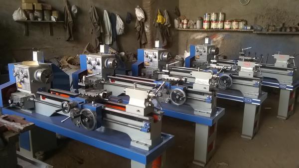 6 Feet All Gear Lathe Machine  - by Yogi Machine Tools, Rajkot