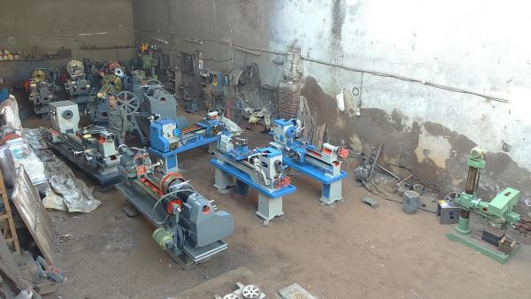 Lathe Machine Manufacturer In Rajkot  - by Yogi Machine Tools, Rajkot