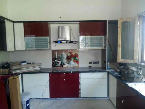 modular kitchen manufacturers best designer wardrobes bathroom vanities in stainless steel and pvc - by Dezire Interiors, Delhi