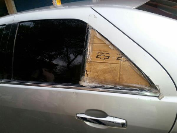 All Types of Door Glasses in Keshav Puram   Door glass of all types of Indian & Imported CAR Available here contact us or visit our showroom  - by Windscreen House, New Delhi