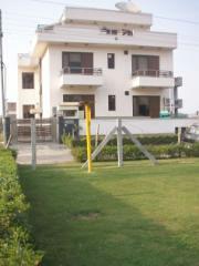 Guest house near Medanta Hospital Guest house in sector 39 Gurgaon Guest house near sector 38 Gurgaon Guest house near Artemis Hospital Guest House near Fortis Hospital - by Guest House & Hotel Accommodation, Gurgaon