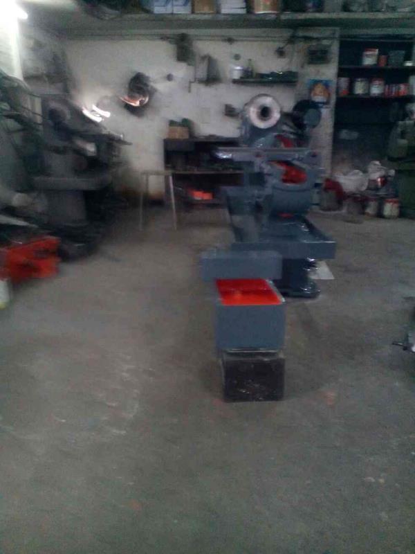 we are manufacturer of Light Duty Lathe Machine in rajkot. - by Geeta Enterprise, Rajkot