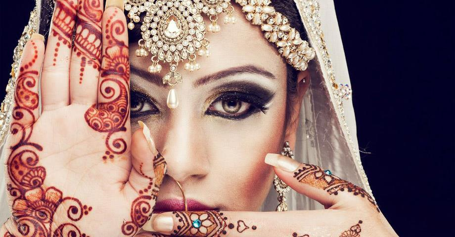 Best Bridal Mehndi Artist in Delhi, Best Bridal Mehndi Artist in Gurgaon, Best Bridal Mehndi Artist in Noida, Best Bridal Mehndi Artist in South Delhi  https://www.weddingeye.in/Best-Bridal-Mehndi-Artist-in-Delhi.html  - by Wedding Planners in Delhi, New Delhi