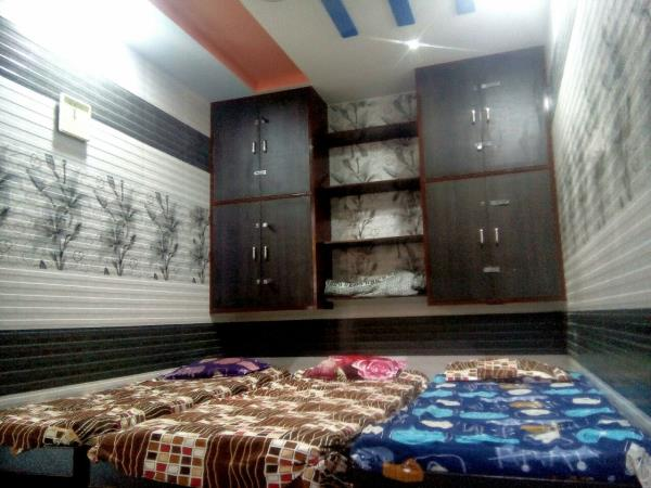 Shivam Hostel is Hostel For Boys Students , Working Men , Working Boy , Mens Hostel in RAJKOT Gujarat..  We Gives All Kind Of Facility Like Home.  For More Details Contact Us......  - by Shivam Hostel, Rajkot